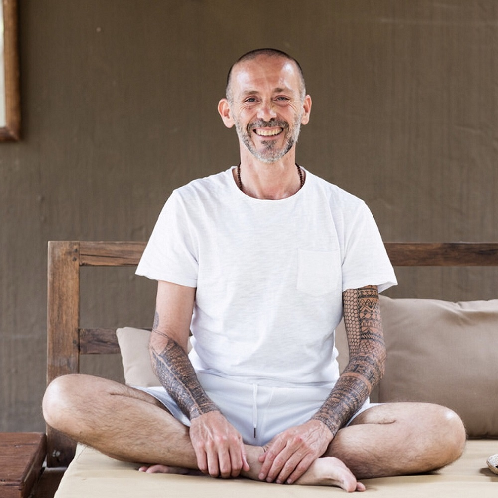 Massage & Yoga