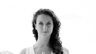Simona, Tantra yoga